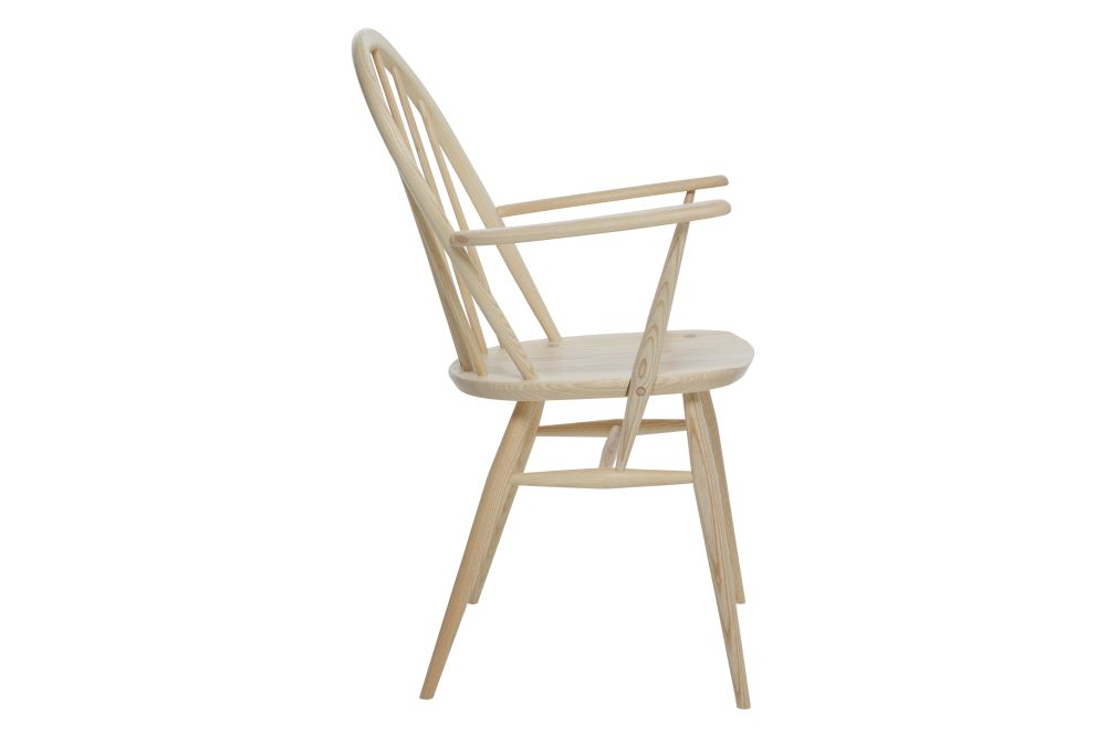 https://res.cloudinary.com/clippings/image/upload/t_big/dpr_auto,f_auto,w_auto/v1538541102/products/windsor-dining-armchair-ercol-clippings-10996891.jpg