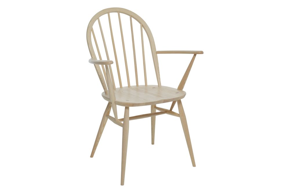 https://res.cloudinary.com/clippings/image/upload/t_big/dpr_auto,f_auto,w_auto/v1538541109/products/windsor-dining-armchair-ercol-clippings-10996901.jpg