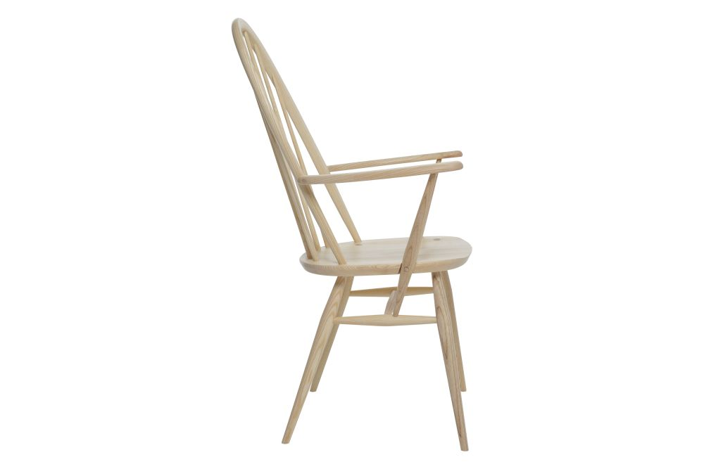 https://res.cloudinary.com/clippings/image/upload/t_big/dpr_auto,f_auto,w_auto/v1538541405/products/windsor-quaker-dining-armchair-ercol-clippings-10996931.jpg