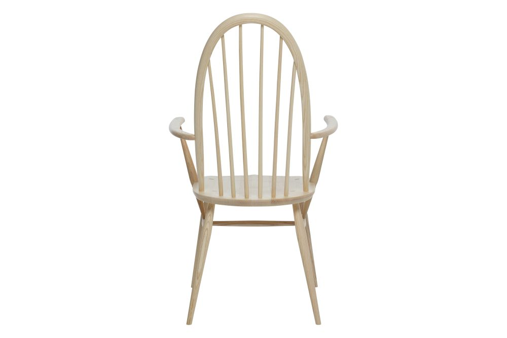 https://res.cloudinary.com/clippings/image/upload/t_big/dpr_auto,f_auto,w_auto/v1538541408/products/windsor-quaker-dining-armchair-ercol-clippings-10996941.jpg