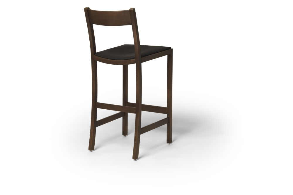 https://res.cloudinary.com/clippings/image/upload/t_big/dpr_auto,f_auto,w_auto/v1538733382/products/waiter-bar-stool-upholstered-massproductions-clippings-11006191.jpg