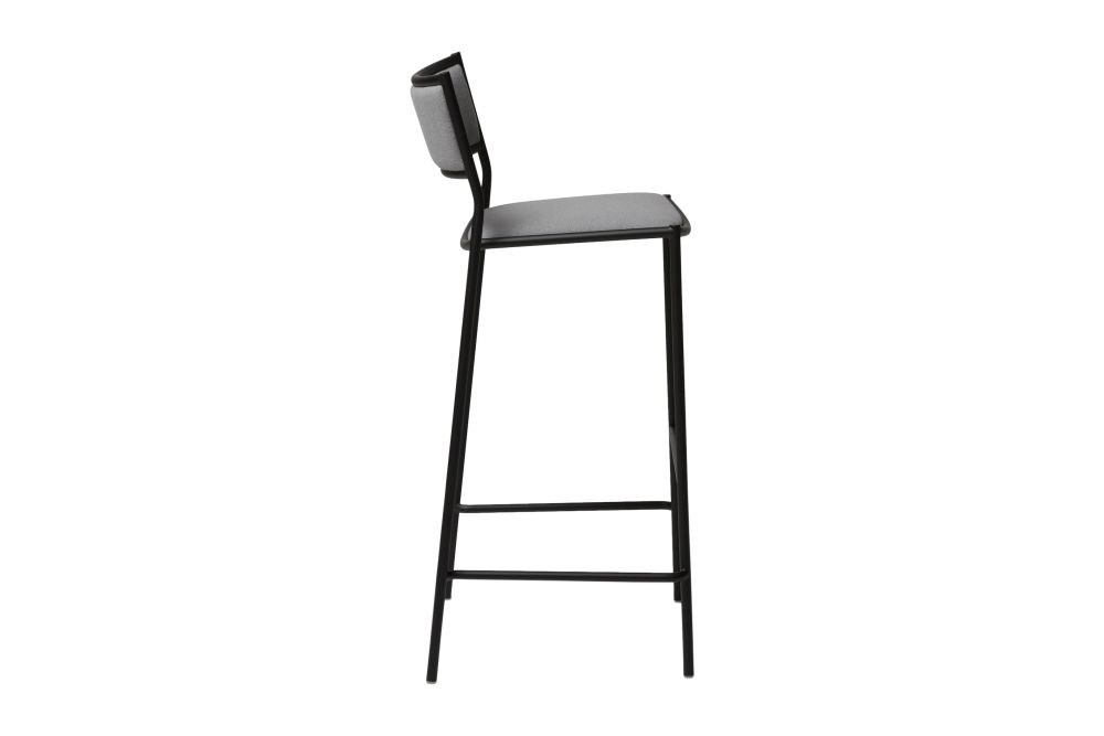 https://res.cloudinary.com/clippings/image/upload/t_big/dpr_auto,f_auto,w_auto/v1538979898/products/jig-bar-stool-massproductions-clippings-11010041.jpg