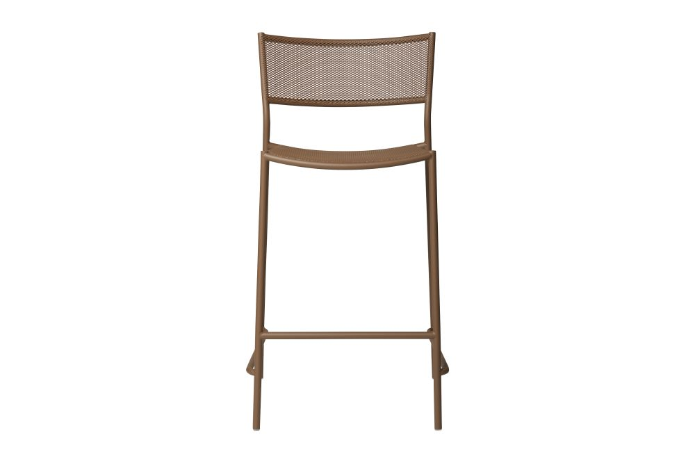 https://res.cloudinary.com/clippings/image/upload/t_big/dpr_auto,f_auto,w_auto/v1538980319/products/jig-mesh-bar-stool-massproductions-clippings-11010091.jpg