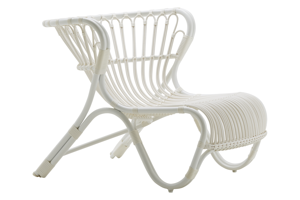 https://res.cloudinary.com/clippings/image/upload/t_big/dpr_auto,f_auto,w_auto/v1539848693/products/fox-lounge-chair-dove-white-sika-design-viggo-boesen-clippings-11022381.png
