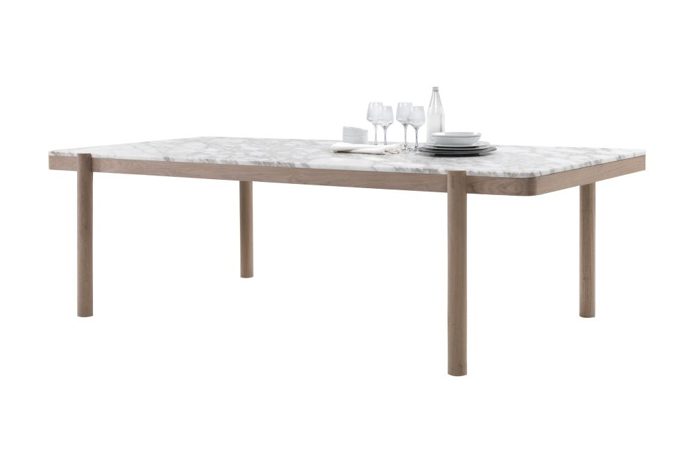 https://res.cloudinary.com/clippings/image/upload/t_big/dpr_auto,f_auto,w_auto/v1539940912/products/gustav-rectangular-dining-table-flexform-carlo-colombo-clippings-11045391.jpg