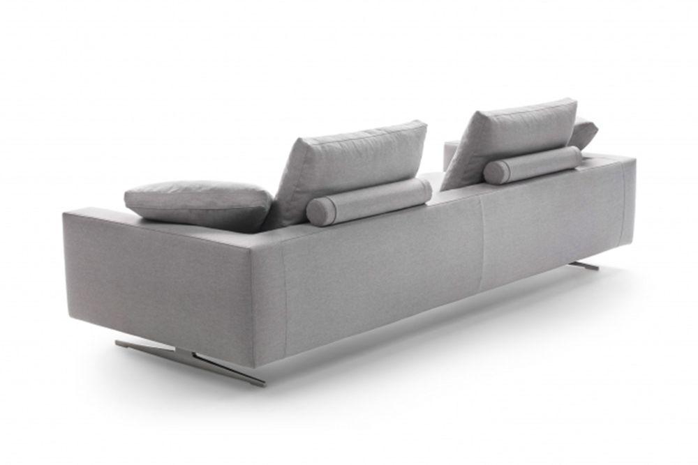 https://res.cloudinary.com/clippings/image/upload/t_big/dpr_auto,f_auto,w_auto/v1540274333/products/campiello-2-seater-sofa-flexform-antonio-citterio-clippings-11049791.jpg