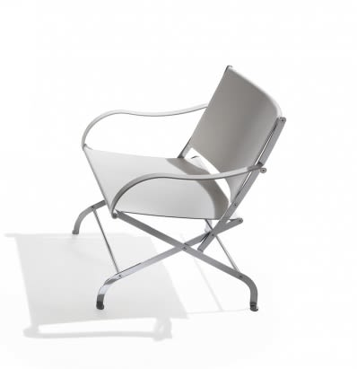 https://res.cloudinary.com/clippings/image/upload/t_big/dpr_auto,f_auto,w_auto/v1540275436/products/carlotta-folding-armchair-flexform-antonio-citterio-clippings-11049911.jpg
