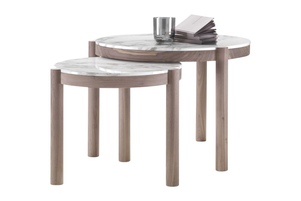https://res.cloudinary.com/clippings/image/upload/t_big/dpr_auto,f_auto,w_auto/v1540473186/products/gustav-side-table-flexform-carlo-colombo-clippings-11098951.jpg