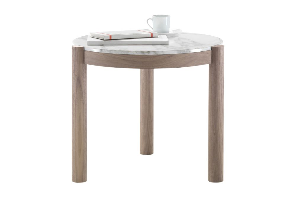 https://res.cloudinary.com/clippings/image/upload/t_big/dpr_auto,f_auto,w_auto/v1540473201/products/gustav-side-table-flexform-carlo-colombo-clippings-11098961.jpg