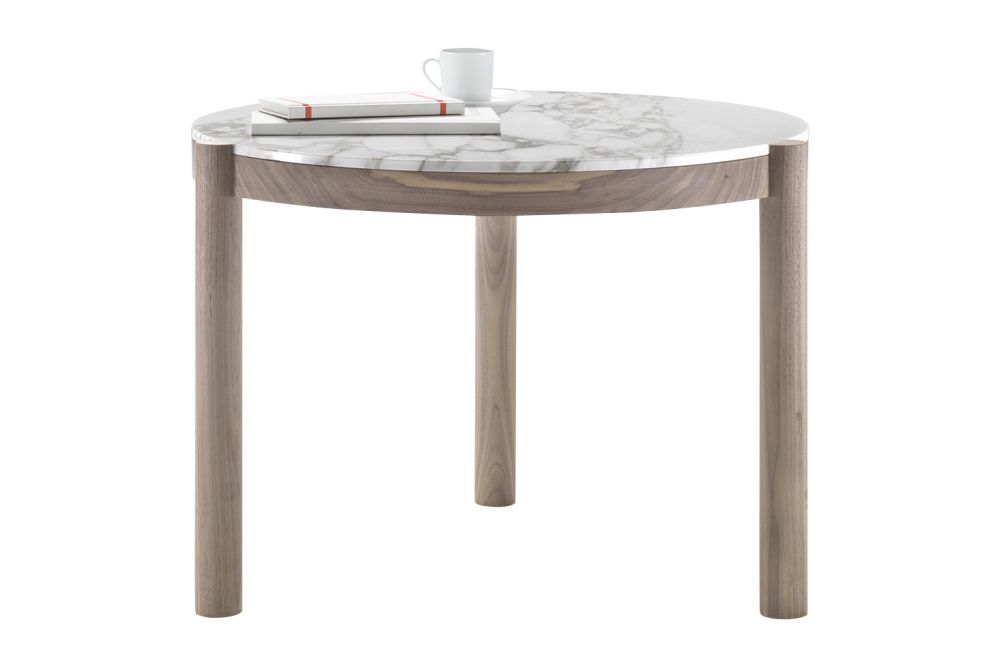 https://res.cloudinary.com/clippings/image/upload/t_big/dpr_auto,f_auto,w_auto/v1540473212/products/gustav-side-table-flexform-carlo-colombo-clippings-11098981.jpg