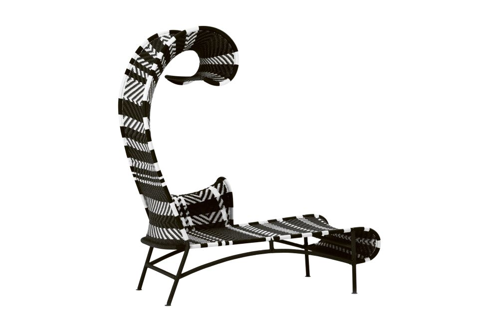 https://res.cloudinary.com/clippings/image/upload/t_big/dpr_auto,f_auto,w_auto/v1540544209/products/shadowy-chaise-longue-black-white-right-moroso-tord-boontje-clippings-10640361.jpg
