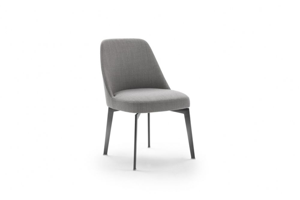 https://res.cloudinary.com/clippings/image/upload/t_big/dpr_auto,f_auto,w_auto/v1540548727/products/leda-dining-chair-metal-base-flexform-antonio-citterio-clippings-11105944.jpg