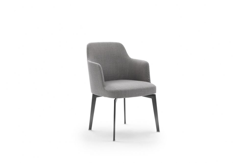 https://res.cloudinary.com/clippings/image/upload/t_big/dpr_auto,f_auto,w_auto/v1540549372/products/leda-armchair-metal-base-flexform-antonio-citterio-clippings-11105958.jpg