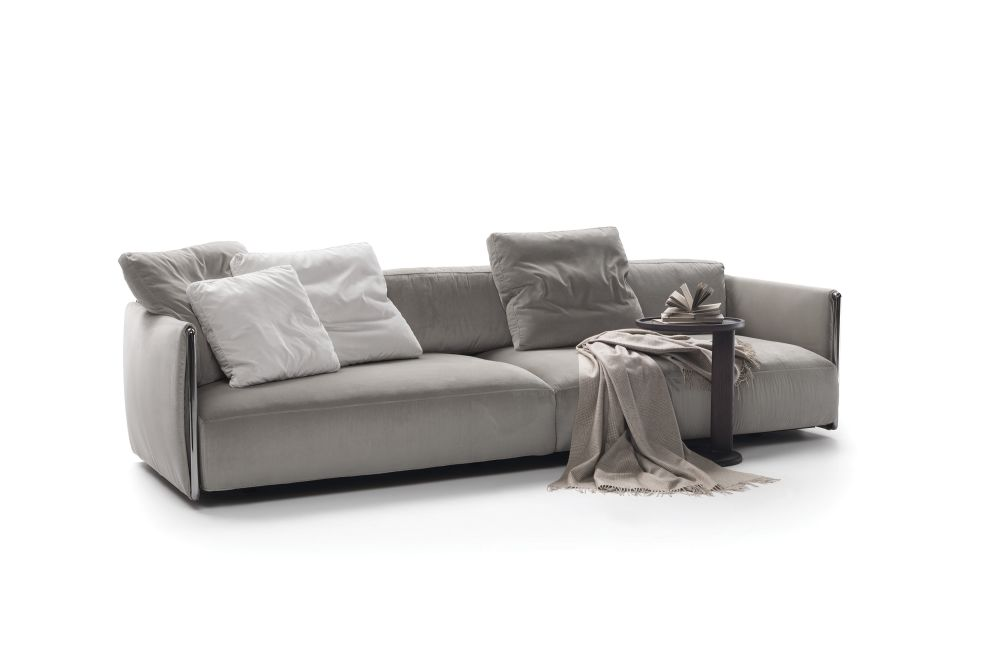 https://res.cloudinary.com/clippings/image/upload/t_big/dpr_auto,f_auto,w_auto/v1540792060/products/edmond-2-seater-sofa-flexform-carlo-colombo-clippings-11106832.jpg