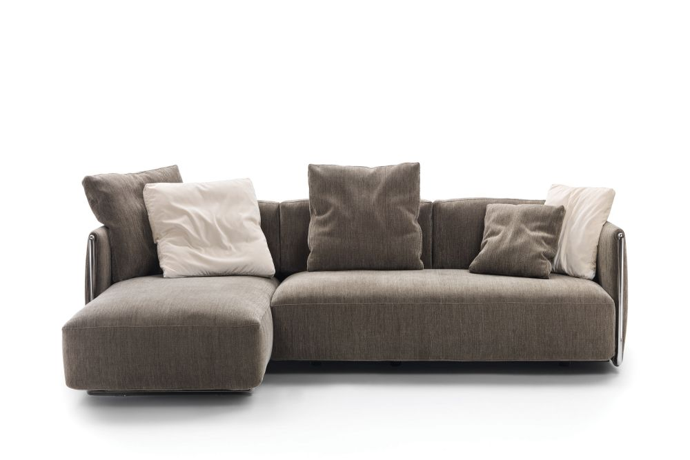 https://res.cloudinary.com/clippings/image/upload/t_big/dpr_auto,f_auto,w_auto/v1540793495/products/edmond-sofa-with-chaiselongue-flexform-carlo-colombo-clippings-11106844.jpg