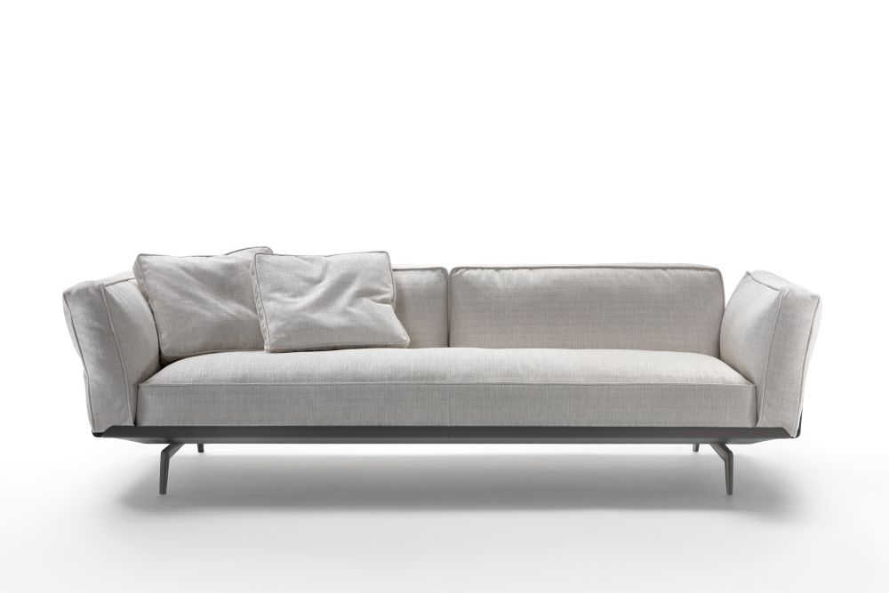 Este Sofa by Flexform