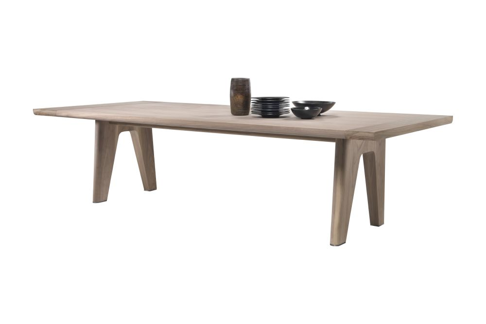 https://res.cloudinary.com/clippings/image/upload/t_big/dpr_auto,f_auto,w_auto/v1540992092/products/monreale-dining-table-flexform-antonio-citterio-clippings-11107817.jpg