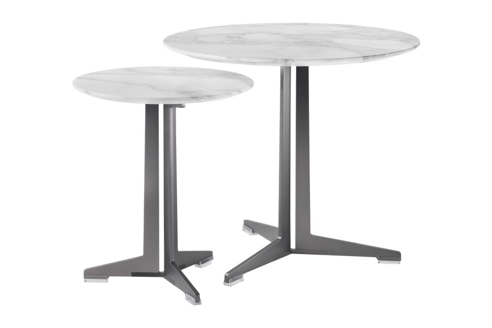 https://res.cloudinary.com/clippings/image/upload/t_big/dpr_auto,f_auto,w_auto/v1540995297/products/fly-side-table-flexform-antonio-citterio-clippings-11108338.jpg