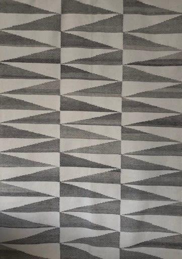 Kandy Kelim Ash,Bazaar Velvet Contemporary Rugs,Rugs,design,grey,line,pattern,wall