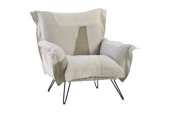 https://res.cloudinary.com/clippings/image/upload/t_big/dpr_auto,f_auto,w_auto/v1541418849/products/cloudscape-chair-diesel-living-with-moroso-diesel-creative-team-clippings-11109535.jpg