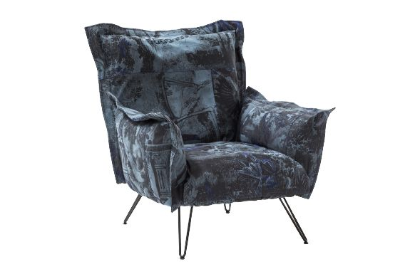 https://res.cloudinary.com/clippings/image/upload/t_big/dpr_auto,f_auto,w_auto/v1541418850/products/cloudscape-chair-diesel-living-with-moroso-diesel-creative-team-clippings-11109529.jpg