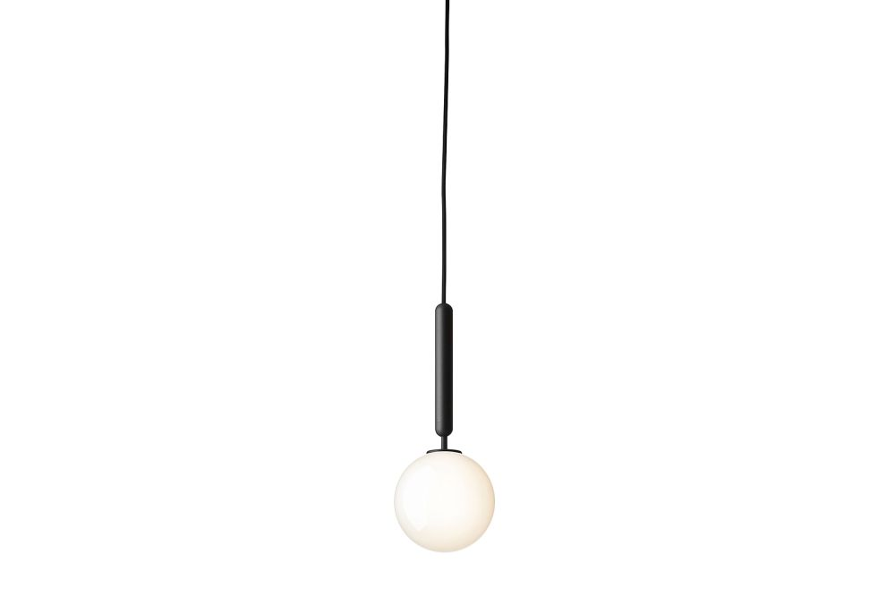 https://res.cloudinary.com/clippings/image/upload/t_big/dpr_auto,f_auto,w_auto/v1541542556/products/miira-1-pendant-light-nuura-sofie-refer-clippings-11111534.jpg