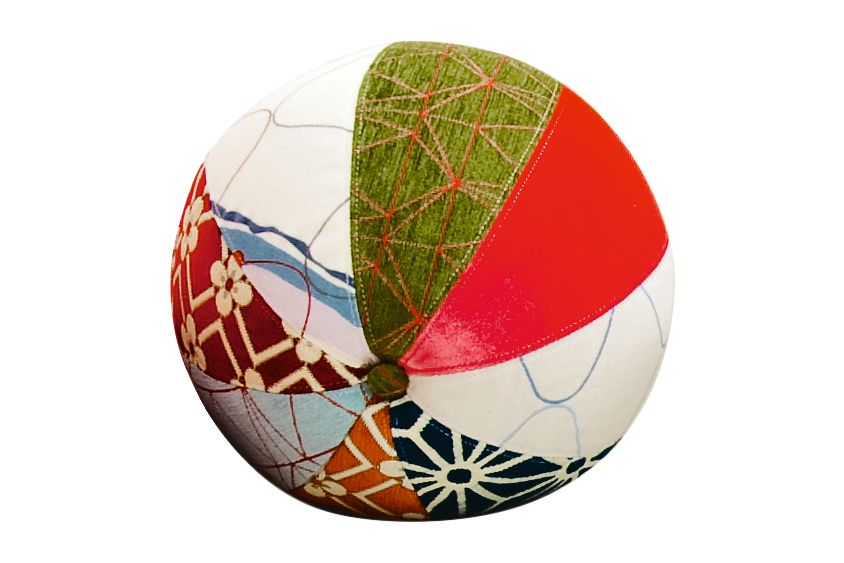 https://res.cloudinary.com/clippings/image/upload/t_big/dpr_auto,f_auto,w_auto/v1541563912/products/sushi-edition-joy-round-stool-moroso-edward-van-vliet-clippings-11111601.jpg