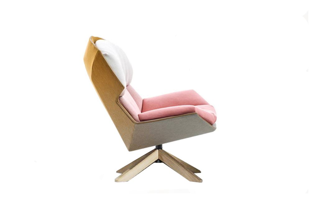https://res.cloudinary.com/clippings/image/upload/t_big/dpr_auto,f_auto,w_auto/v1541940477/products/clarissa-armchair-new-moroso-patricia-urquiola-clippings-11113924.jpg