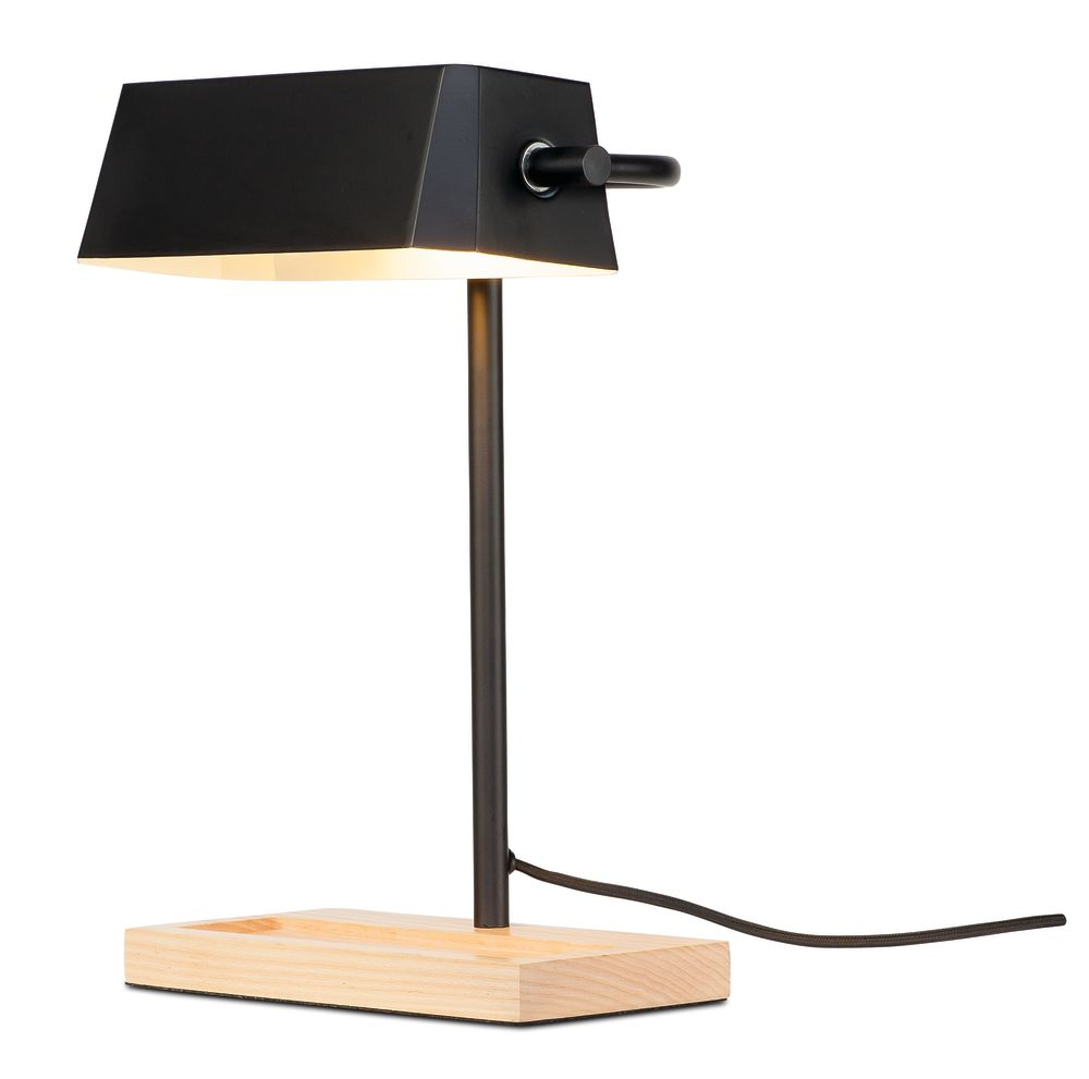 https://res.cloudinary.com/clippings/image/upload/t_big/dpr_auto,f_auto,w_auto/v1542208444/products/cambridge-table-lamp-its-about-romi-clippings-11115636.jpg