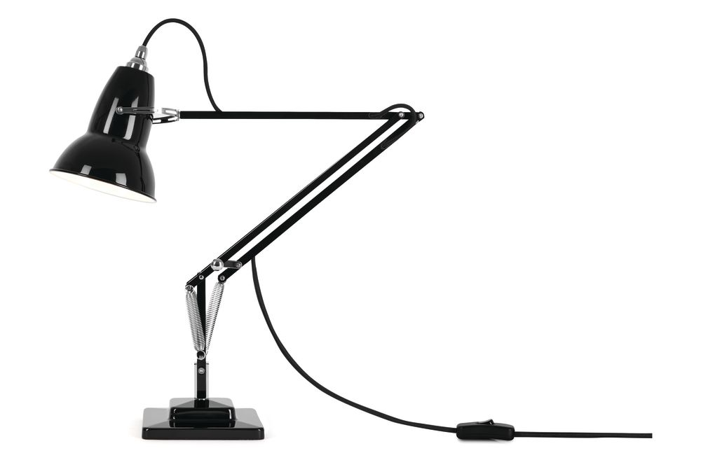 https://res.cloudinary.com/clippings/image/upload/t_big/dpr_auto,f_auto,w_auto/v1542608009/products/original-1227-desk-lamp-anglepoise-george-carwardine-clippings-11110611.jpg