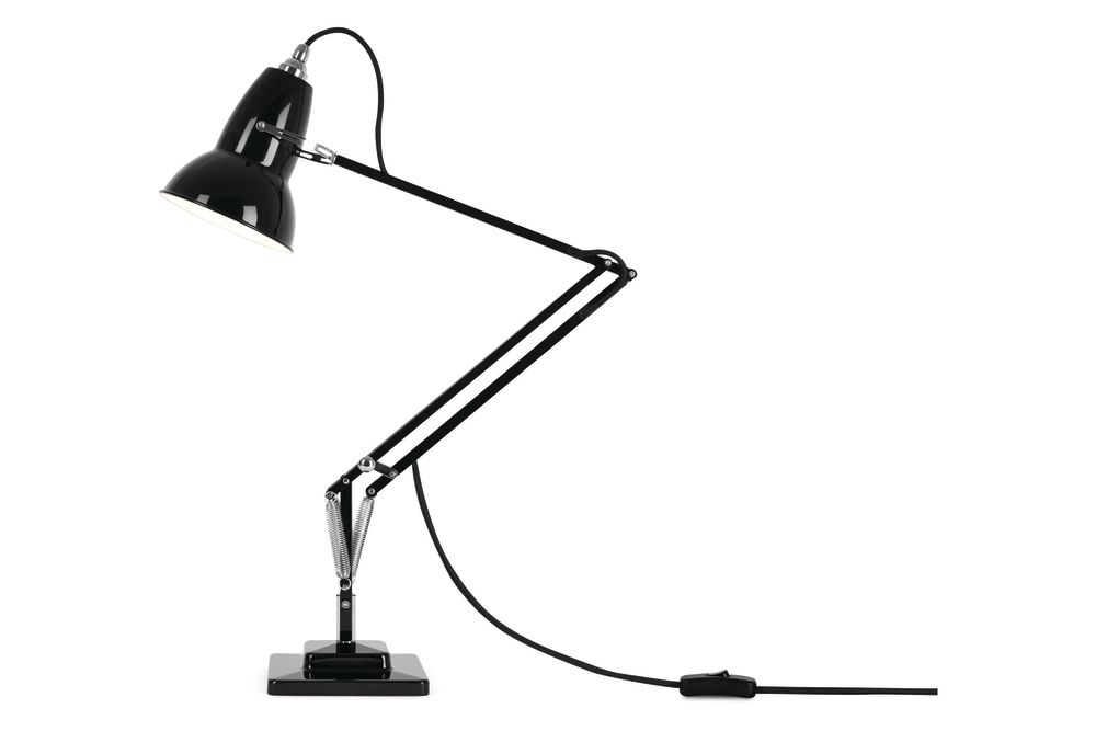 https://res.cloudinary.com/clippings/image/upload/t_big/dpr_auto,f_auto,w_auto/v1542608011/products/original-1227-desk-lamp-anglepoise-george-carwardine-clippings-11110612.jpg