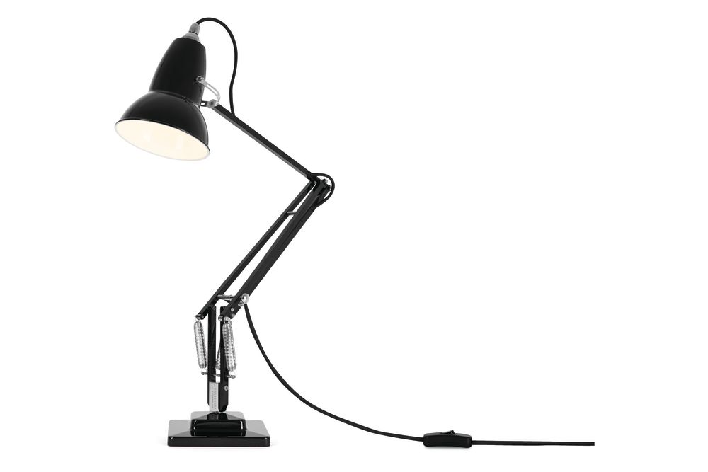 https://res.cloudinary.com/clippings/image/upload/t_big/dpr_auto,f_auto,w_auto/v1542608013/products/original-1227-desk-lamp-anglepoise-george-carwardine-clippings-11110613.jpg