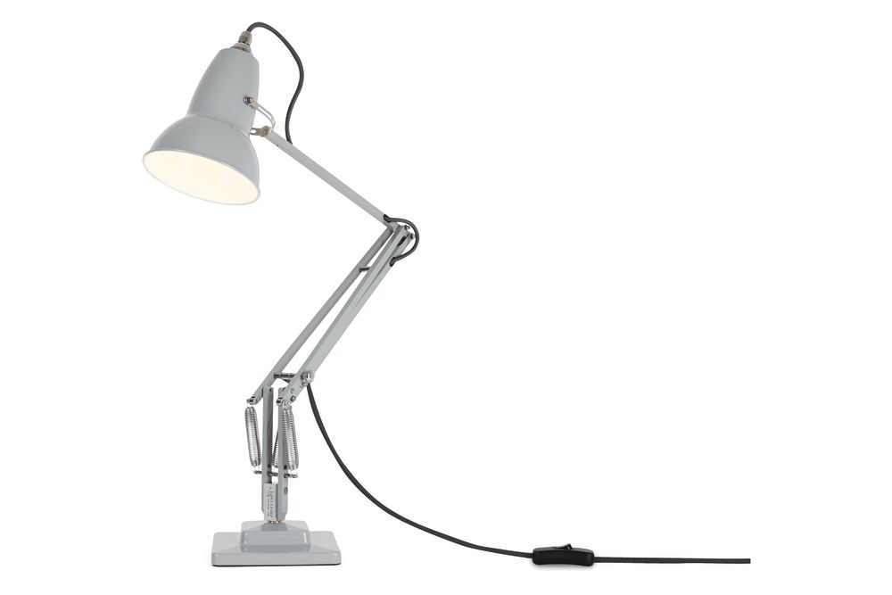 https://res.cloudinary.com/clippings/image/upload/t_big/dpr_auto,f_auto,w_auto/v1542608038/products/original-1227-desk-lamp-anglepoise-george-carwardine-clippings-11110625.jpg