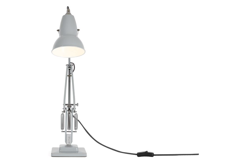 https://res.cloudinary.com/clippings/image/upload/t_big/dpr_auto,f_auto,w_auto/v1542608045/products/original-1227-desk-lamp-anglepoise-george-carwardine-clippings-11110626.jpg