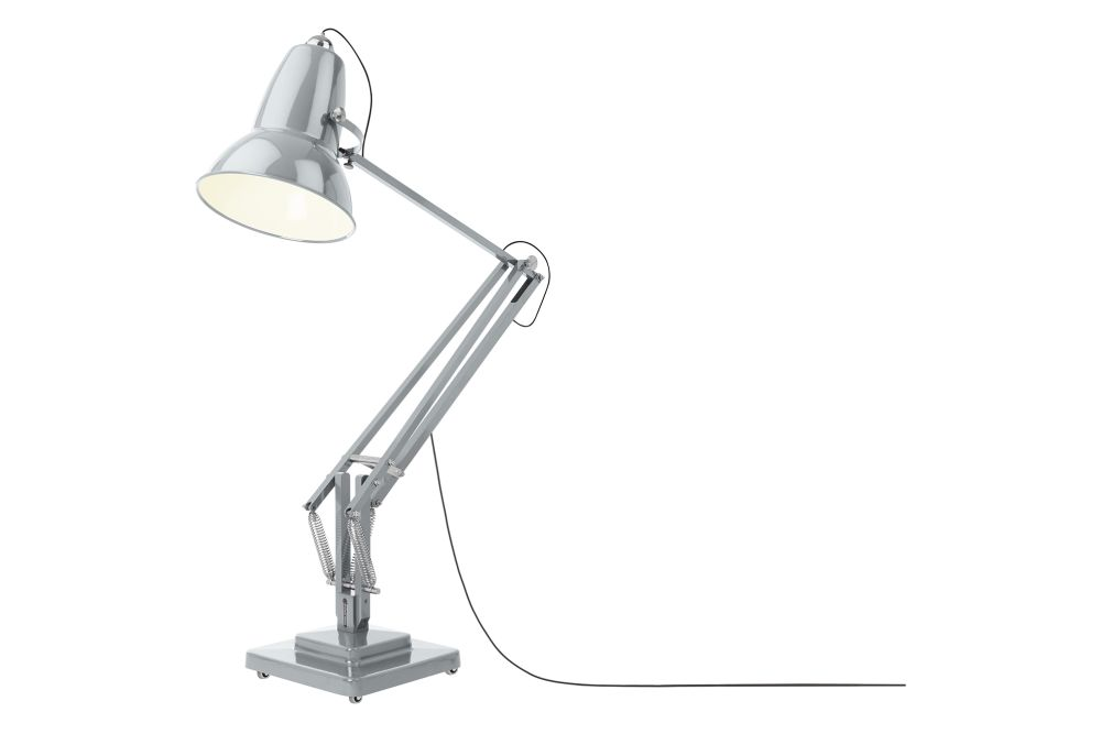 https://res.cloudinary.com/clippings/image/upload/t_big/dpr_auto,f_auto,w_auto/v1542609756/products/original-1227-giant-floor-lamp-anglepoise-george-carwardine-clippings-11118246.jpg