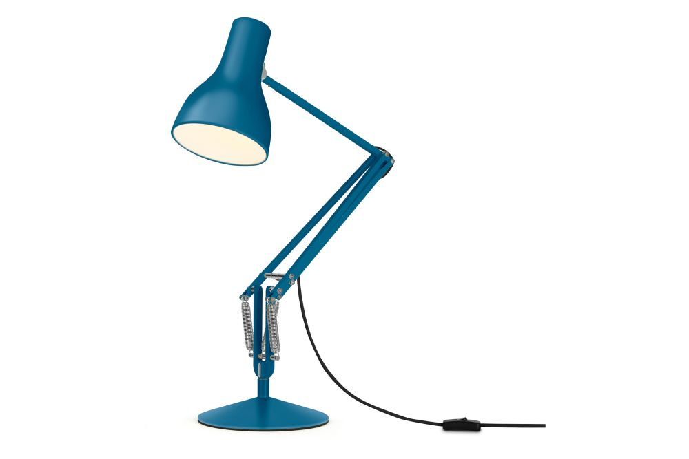 https://res.cloudinary.com/clippings/image/upload/t_big/dpr_auto,f_auto,w_auto/v1542611602/products/type-75-desk-lamp-margaret-howell-edition-anglepoise-kenneth-grange-clippings-11118320.jpg