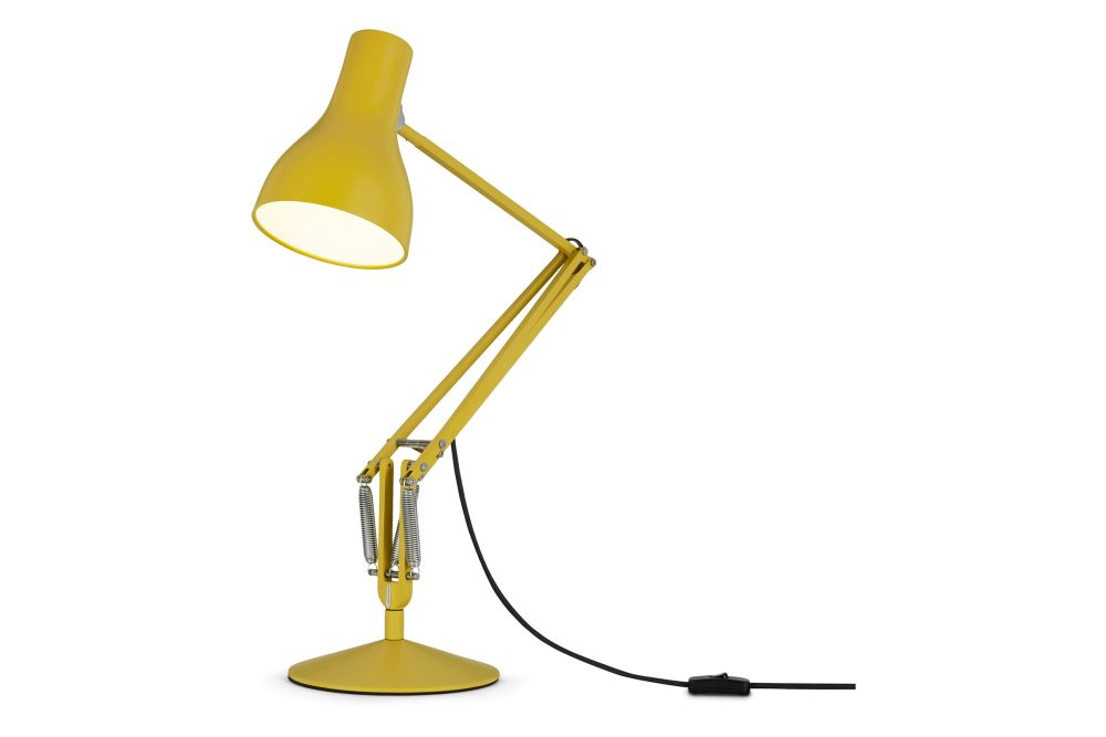 https://res.cloudinary.com/clippings/image/upload/t_big/dpr_auto,f_auto,w_auto/v1542611606/products/type-75-desk-lamp-margaret-howell-edition-anglepoise-kenneth-grange-clippings-11118325.jpg