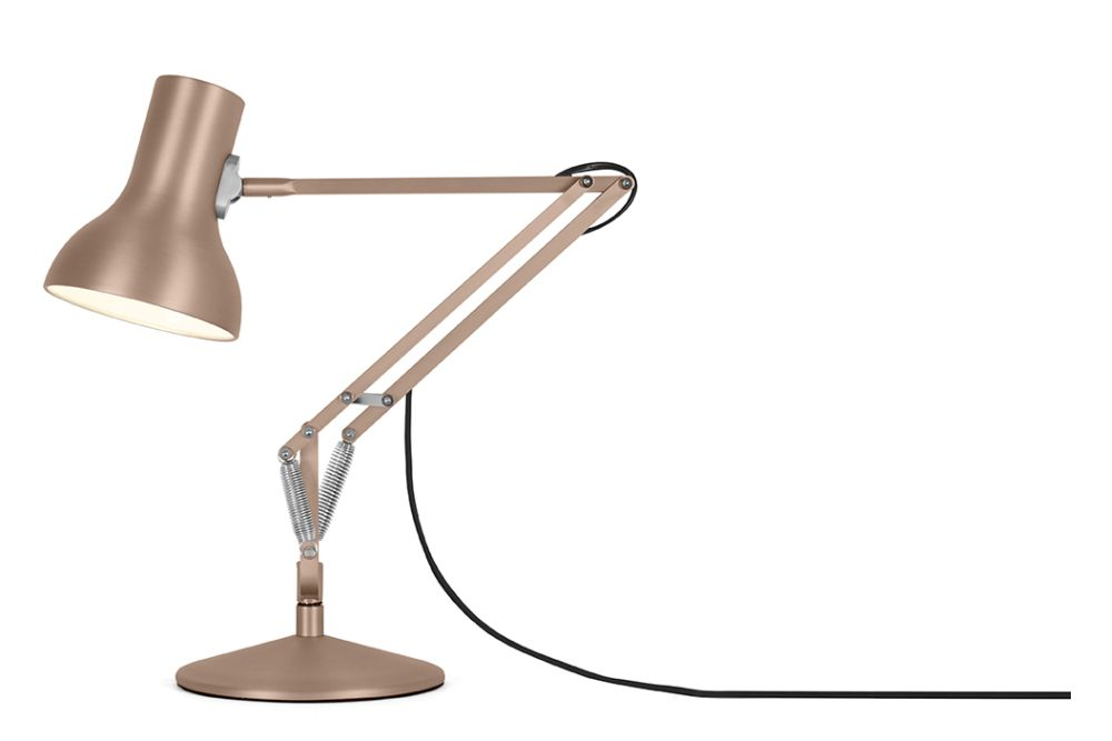 https://res.cloudinary.com/clippings/image/upload/t_big/dpr_auto,f_auto,w_auto/v1542612497/products/type-75-mini-metallic-desk-lamp-anglepoise-kenneth-grange-clippings-11110653.jpg