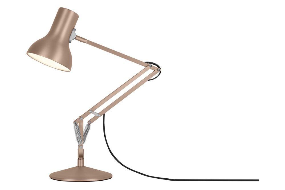 https://res.cloudinary.com/clippings/image/upload/t_big/dpr_auto,f_auto,w_auto/v1542612498/products/type-75-mini-metallic-desk-lamp-anglepoise-kenneth-grange-clippings-11110654.jpg