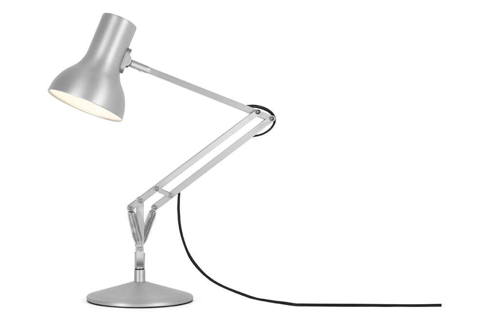 https://res.cloudinary.com/clippings/image/upload/t_big/dpr_auto,f_auto,w_auto/v1542612520/products/type-75-mini-metallic-desk-lamp-anglepoise-kenneth-grange-clippings-11110666.jpg