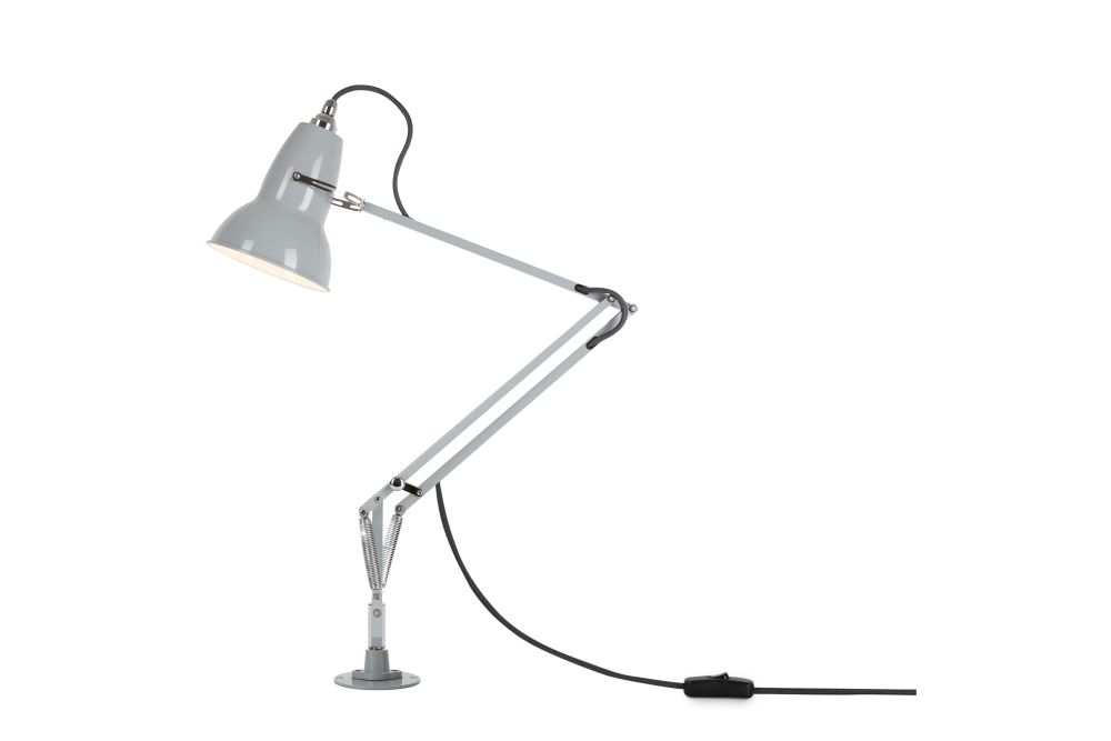 https://res.cloudinary.com/clippings/image/upload/t_big/dpr_auto,f_auto,w_auto/v1542615511/products/original-1227-table-lamp-with-insert-anglepoise-george-carwardine-clippings-11118488.jpg
