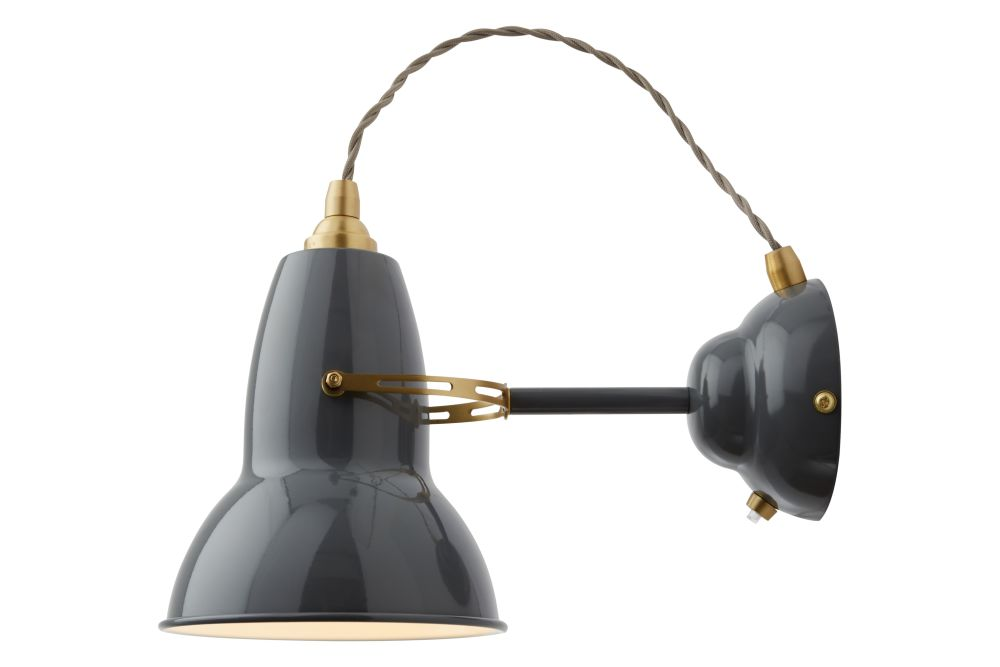 https://res.cloudinary.com/clippings/image/upload/t_big/dpr_auto,f_auto,w_auto/v1542619916/products/original-1227-brass-wall-light-anglepoise-george-carwardine-clippings-11118679.jpg