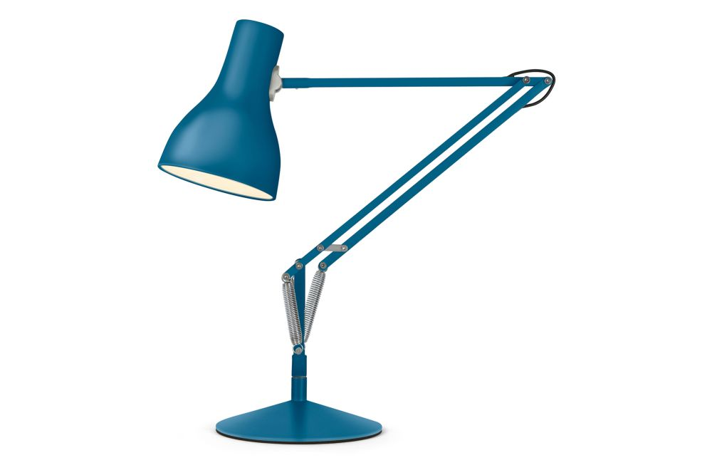https://res.cloudinary.com/clippings/image/upload/t_big/dpr_auto,f_auto,w_auto/v1542637562/products/type-75-desk-lamp-margaret-howell-edition-anglepoise-kenneth-grange-clippings-11118941.jpg