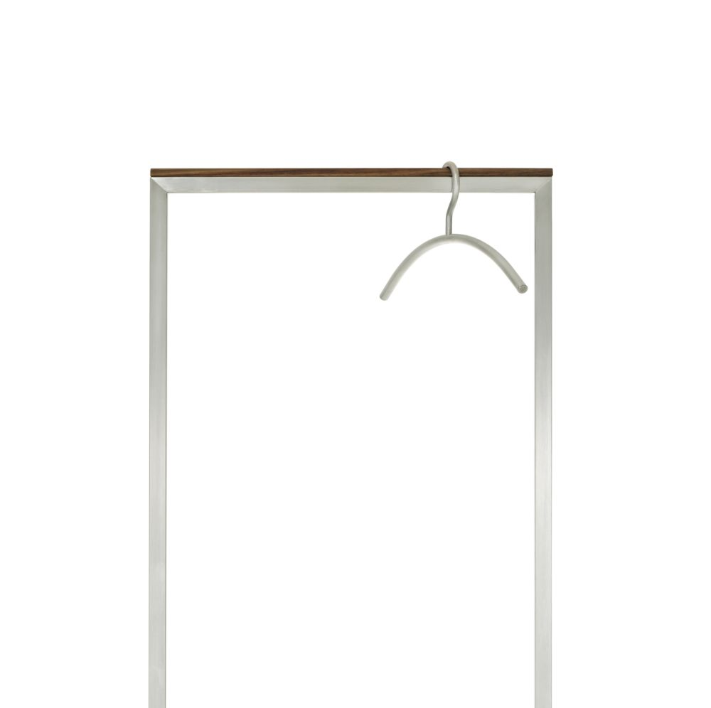 https://res.cloudinary.com/clippings/image/upload/t_big/dpr_auto,f_auto,w_auto/v1542805871/products/skid-coat-stand-45-cm-sch%C3%B6nbuch-fritz-frenkler-clippings-11120210.jpg
