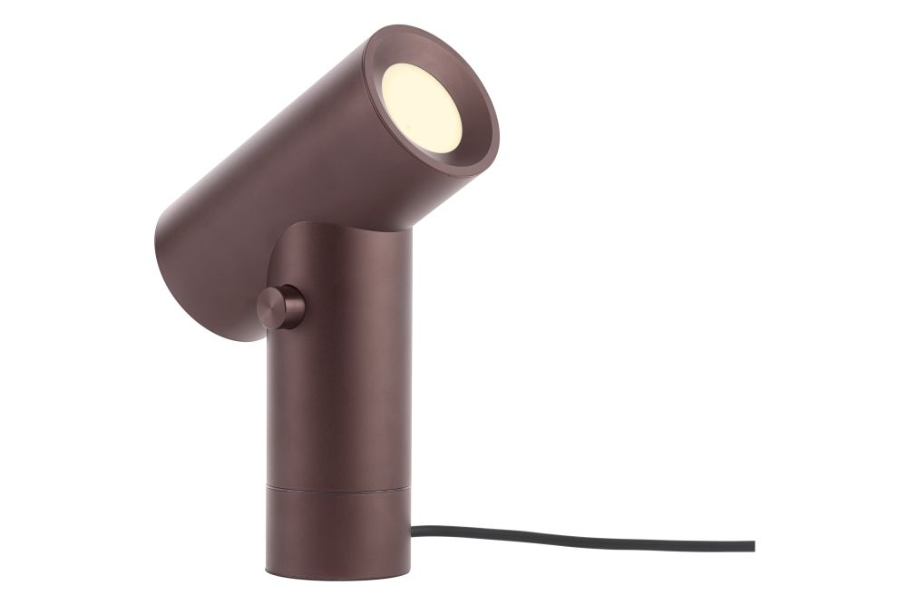 https://res.cloudinary.com/clippings/image/upload/t_big/dpr_auto,f_auto,w_auto/v1542984644/products/beam-table-lamp-muuto-tom-chung-clippings-11121984.jpg