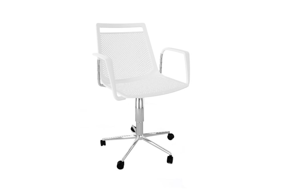 https://res.cloudinary.com/clippings/image/upload/t_big/dpr_auto,f_auto,w_auto/v1543545722/products/akami-5r-swivel-chair-with-arms-set-of-3-gaber-stefano-sandon%C3%A0-clippings-11124322.jpg