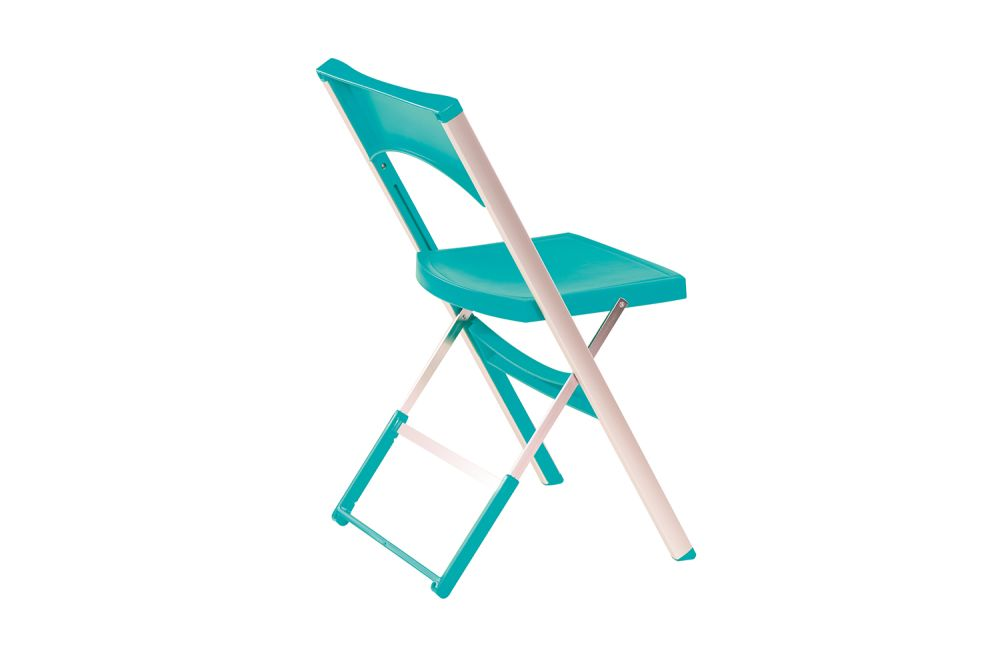 https://res.cloudinary.com/clippings/image/upload/t_big/dpr_auto,f_auto,w_auto/v1543894751/products/compact-folding-chair-set-of-8-gaber-eurolinea-clippings-11125374.jpg