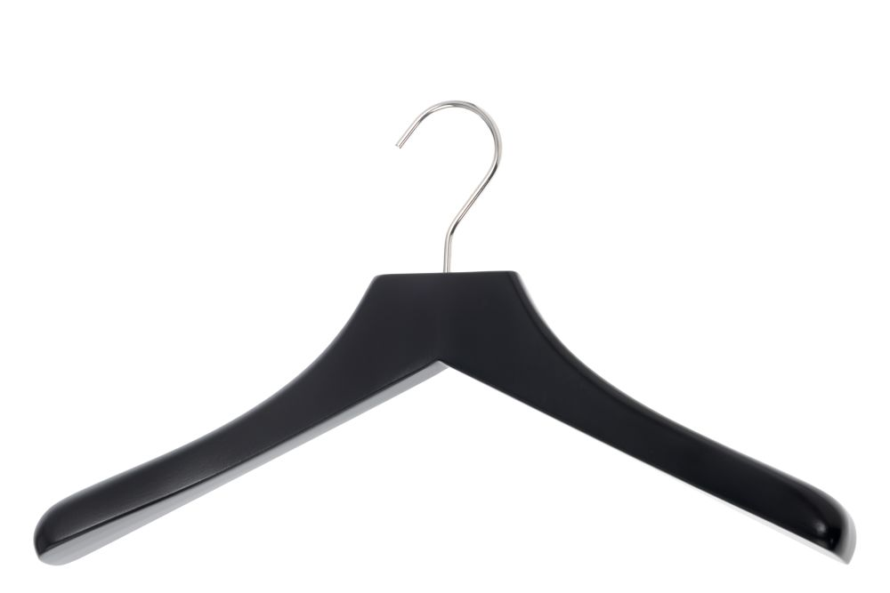 https://res.cloudinary.com/clippings/image/upload/t_big/dpr_auto,f_auto,w_auto/v1544004241/products/0112-coat-hanger-set-of-4-sch%C3%B6nbuch-apartment-8-clippings-11125853.jpg