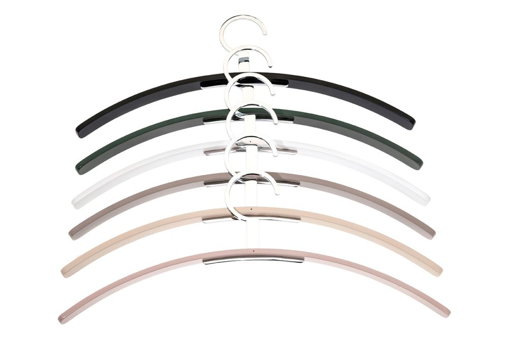 https://res.cloudinary.com/clippings/image/upload/t_big/dpr_auto,f_auto,w_auto/v1544018767/products/0130-coat-hanger-set-of-4-sch%C3%B6nbuch-molldesign-clippings-11126019.jpg