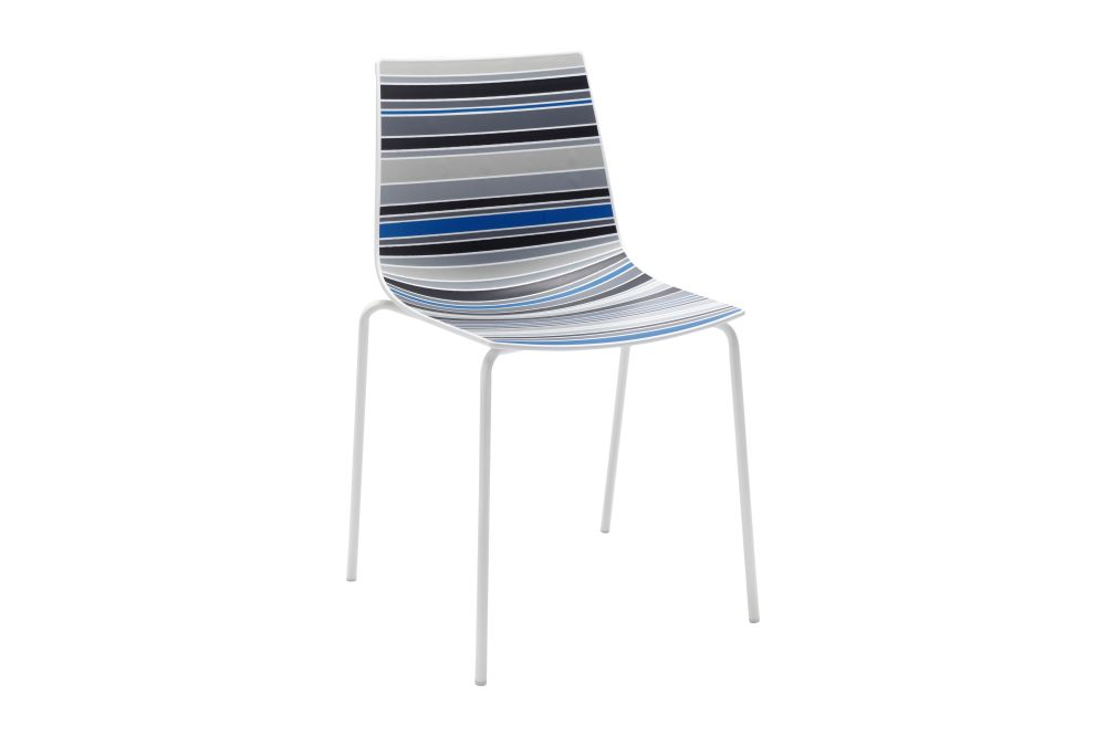 https://res.cloudinary.com/clippings/image/upload/t_big/dpr_auto,f_auto,w_auto/v1544082823/products/colorfive-na-chair-set-of-4-gaber-stefano-sandon%C3%A0-clippings-11126226.jpg
